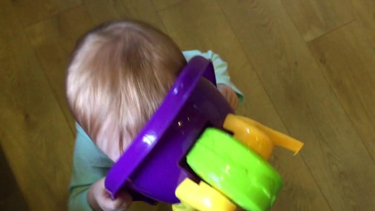 Wheelbarrow monster [VIDEO]