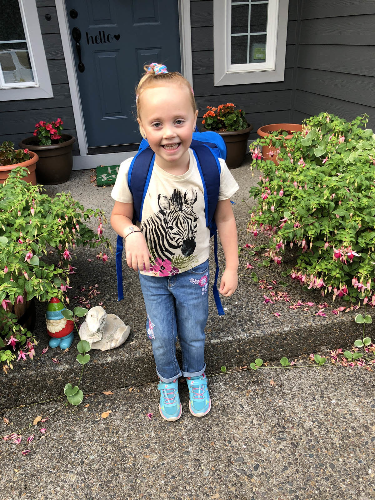 Ellie's first day at school [VIDEO]